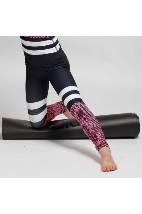 Kids Scaly pink fitness leggings